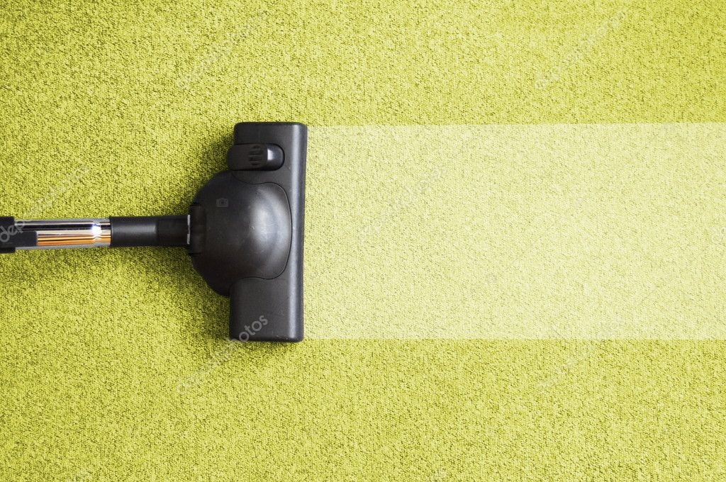 Vacuum cleaner on the floor showing house cleaning concept                                      — Foto Stock #3634560