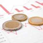soldi sopra il grafico di affari Mostra di successo — Foto Stock