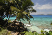 Seychelles rocky beach — Stock Photo