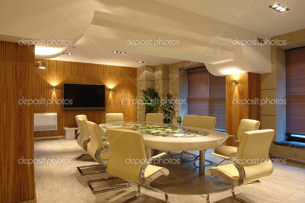 Big meeting room in bright office — Stockfoto #3092157