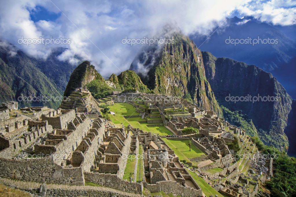 Historic Sanctuary of Machu Picchu - Peru — Stock Photo #2956064