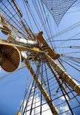 Old sailing boat rigging / mast — Stock Photo