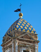 St. benedetto belltower. Conversano. Apulien. — Stockfoto