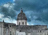 Vista de monopoli. Puglia. — Fotografia Stock
