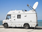 Tv news truck. — Stockfoto