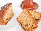 Chocoladetaart segmenten bij het ontbijt. — Stockfoto
