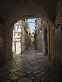 Alley of Giovinazzo. Apulia. — Stock Photo