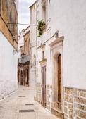 Alley of Martina Franca. Apulia. — Stock Photo