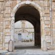 Arch in Giovinazzo Oldtown. Apulia. — Stock Photo #3064111