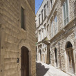 Alleyway in Molfetta Oldtown. Apulia. - Foto de Stock
