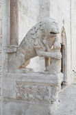 Detail of Portal of Bitetto Cathedral. Apulia. — Stock Photo
