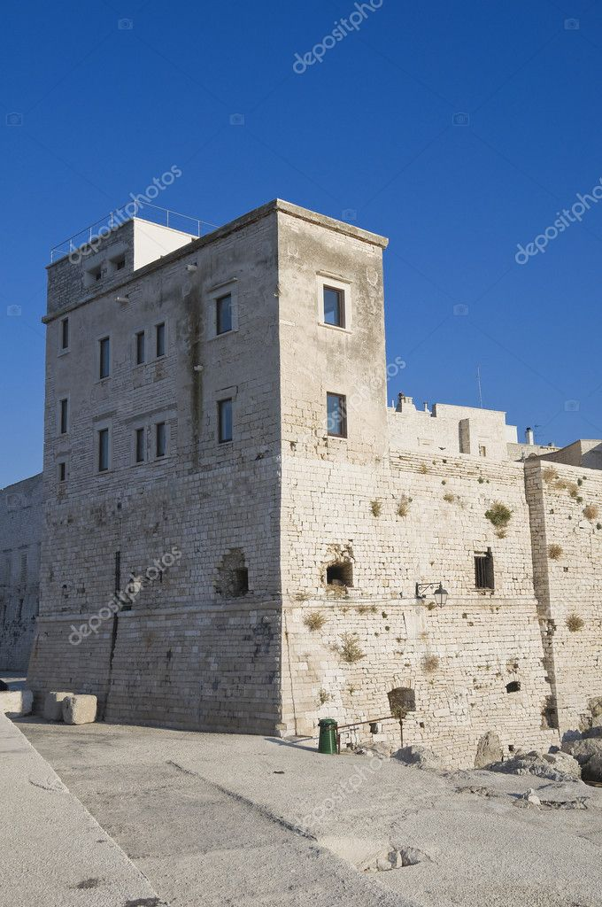 Fortress. Giovinazzo. Apulia. — Stock Photo #3491640