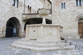 Historical fountain. Bevagna. Umbria. — Stock Photo