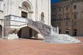 Scalinata di Palazzo consoli. Gubbio. Umbria. — Foto Stock