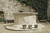 Puteale. Circular well. Corciano. Umbria. — Stock Photo