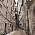 Alleyway. Perugia. Umbria. — Stock Photo