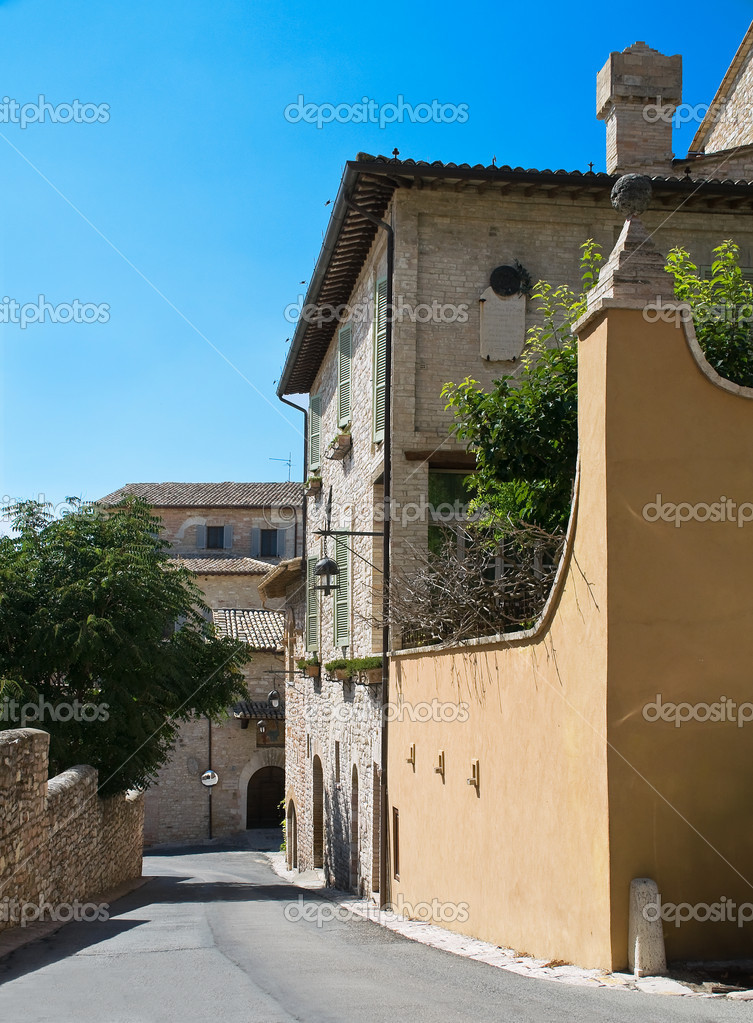 Perspective of an alleyway. Assisi. Umbria. — Stock Photo #3914162