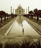 Taj Mahal sepia — Stock Photo