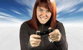 可爱的红发男在冬天玩视频游戏 — 图库照片