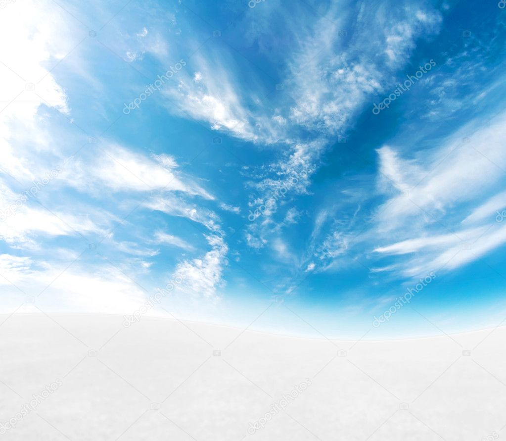 A simple tranquil beautiful S-curved horizon with blue sky and snowy hills. — Stock Photo #3046399