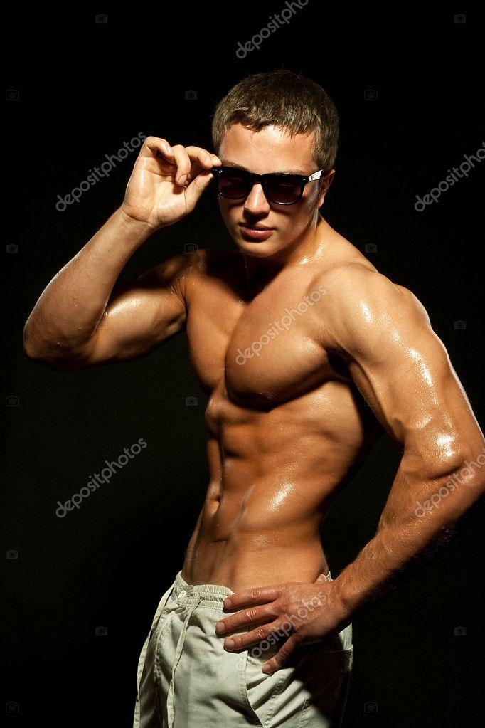Фото с голым торсом мужчины 3762 фотография