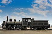 Velha locomotiva enferrujada — Foto Stock