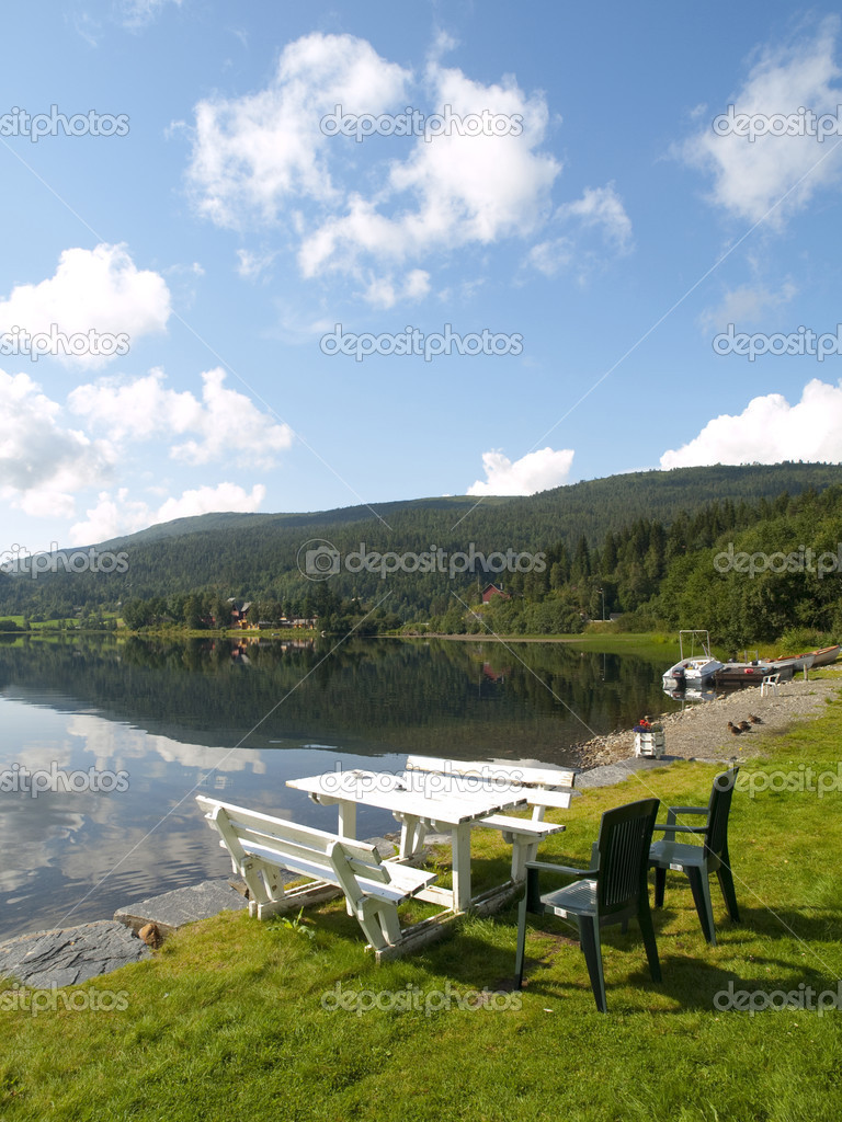 Serene Scenery in the norweigan fjords near the village of Voss. — Stock Photo #3175071