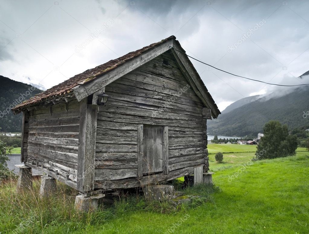 Ancient granary in the fjord of Loen — Stock Photo #3176760