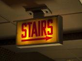 Sinal de escadas assustador — Foto Stock