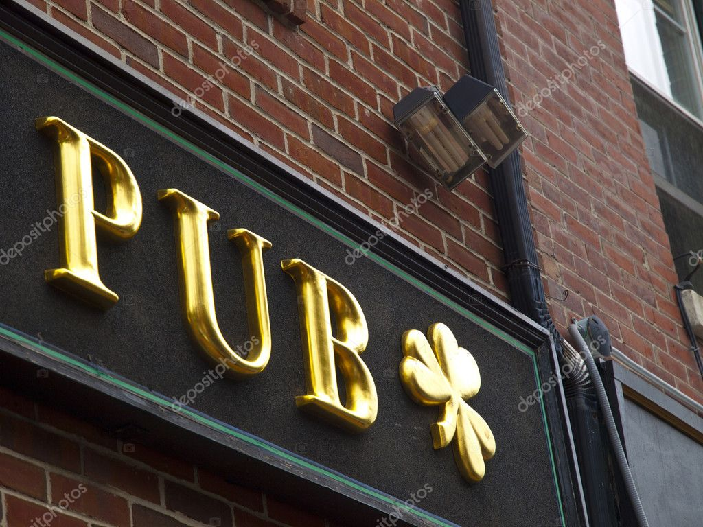 Pub Gold Sign — Stock Photo #3853826