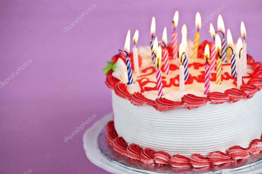 Картинки с тортами и цветаим на день рожденье