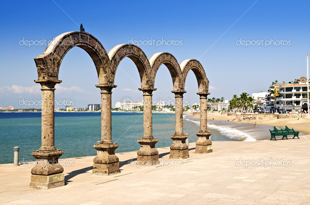 Los Arcos Amphitheater at Pacific ocean in Puerto Vallarta, Mexico — Photo #4468436