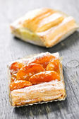 Pieces of fruit strudel — Stock Photo