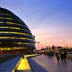London city hall at night — Stock Photo