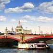 Blackfriars Bridge and St. Paul's Cathedral, London — Stock Photo