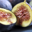 Plate of sliced figs — Stock Photo #4495414