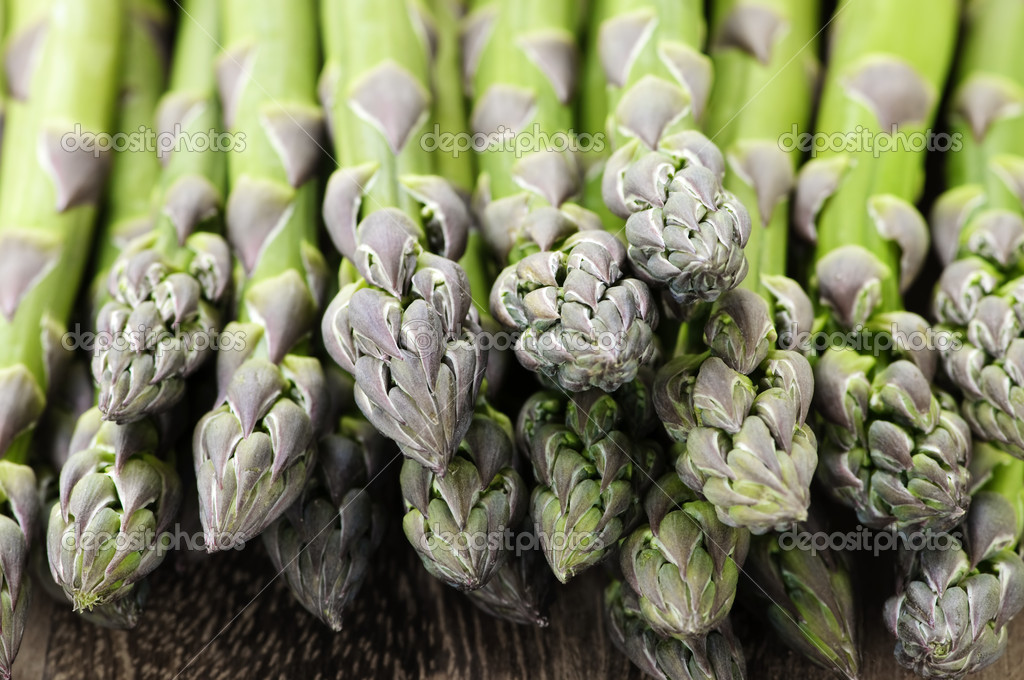 Close up of fresh green organic asparagus — Stock Photo #4518048