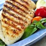 ������, ������: Grilled chicken breasts