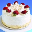 Strawberry meringue cake — Stockfoto