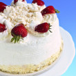 Strawberry meringue cake — Stock Photo