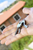 Hand holding keys — Stock Photo