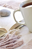 Relaxing reading with tea — Stock Photo