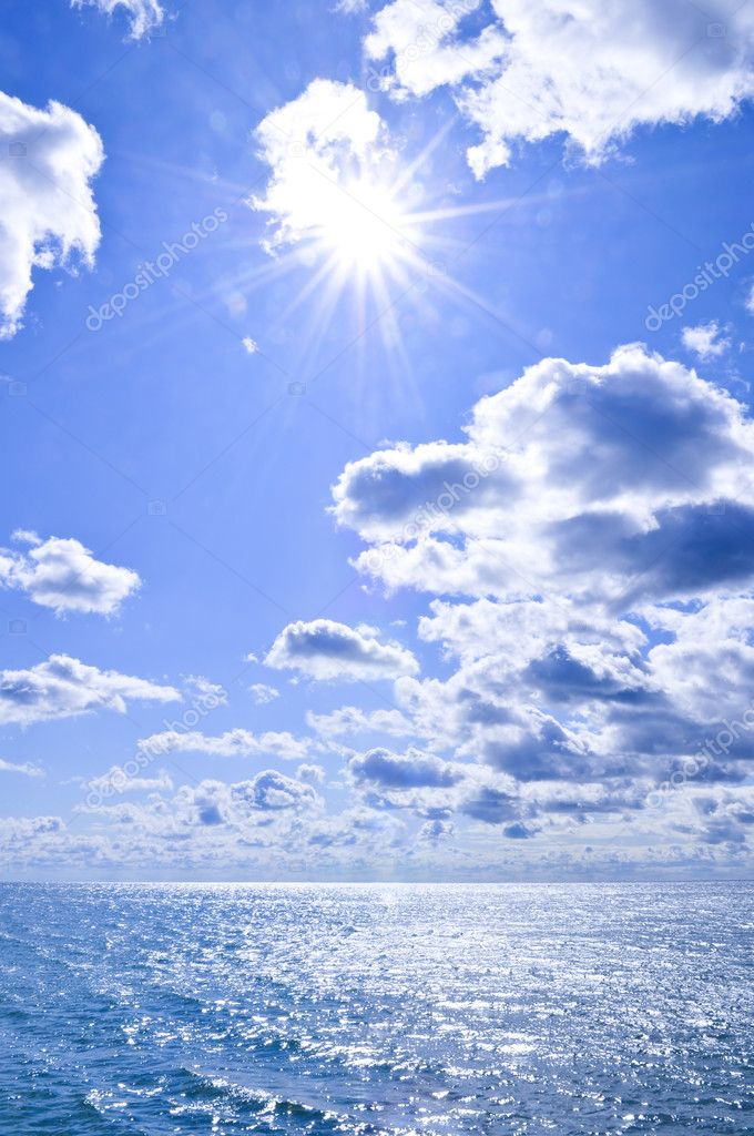 Blue ocean water and sunny sky background — Stock Photo #4564672