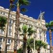 Croisette promenade in Cannes — Stock Photo #4641754