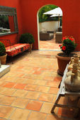 Courtyard of a villa — Foto de Stock