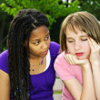 Teenager consoling her friend — Stockfoto