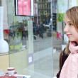Teenage girl shopping - Lizenzfreies Foto