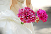 Bride and bridesmaid — Stock Photo