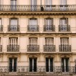 Paris windows - Stockfoto