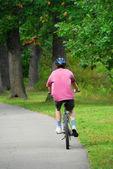 Man bicycling — Stock Photo